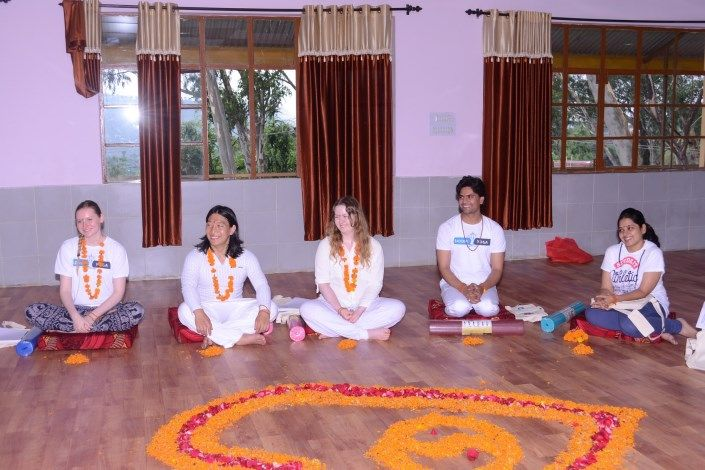 siddhi yoga teacher training india ashram
