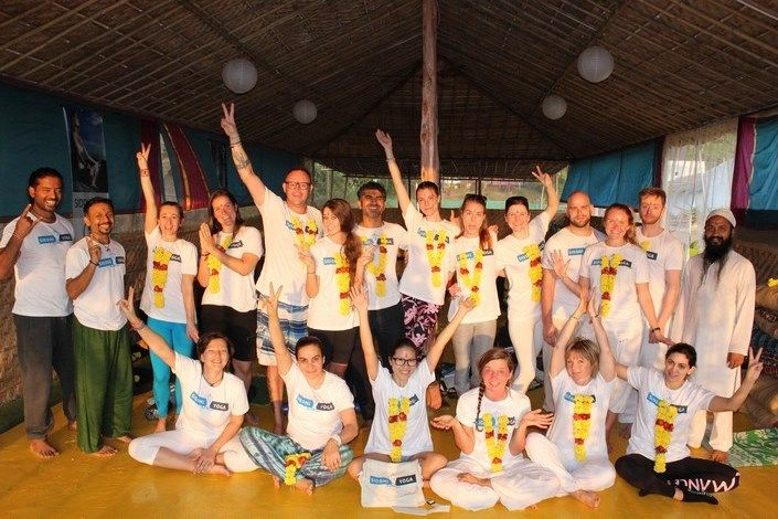 siddhi yoga teacher training india vinyasa