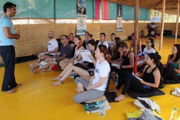 siddhi yoga teacher training india 200 hours