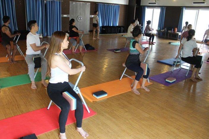 siddhi yoga alliance certified teacher training india