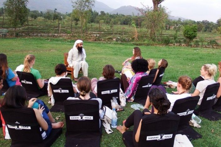 hatha yoga teacher training in india