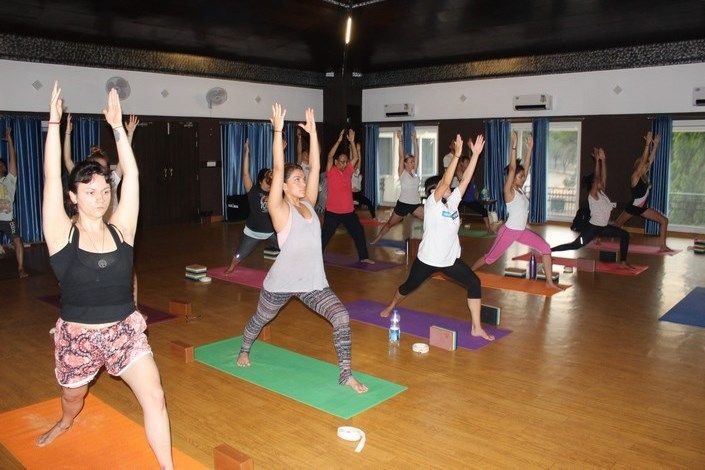 1 month yoga teacher training india