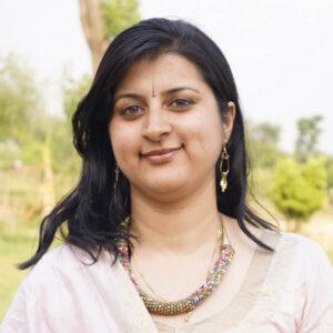 dr amrita indian ayurveda doctor
