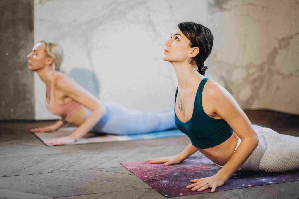 how much yoga instructor earn