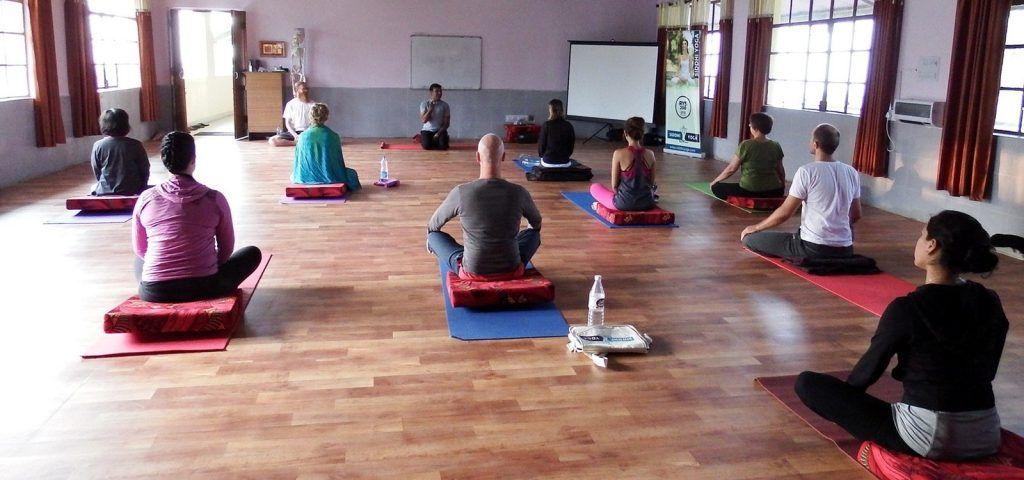 indian yoga teacher ritesh