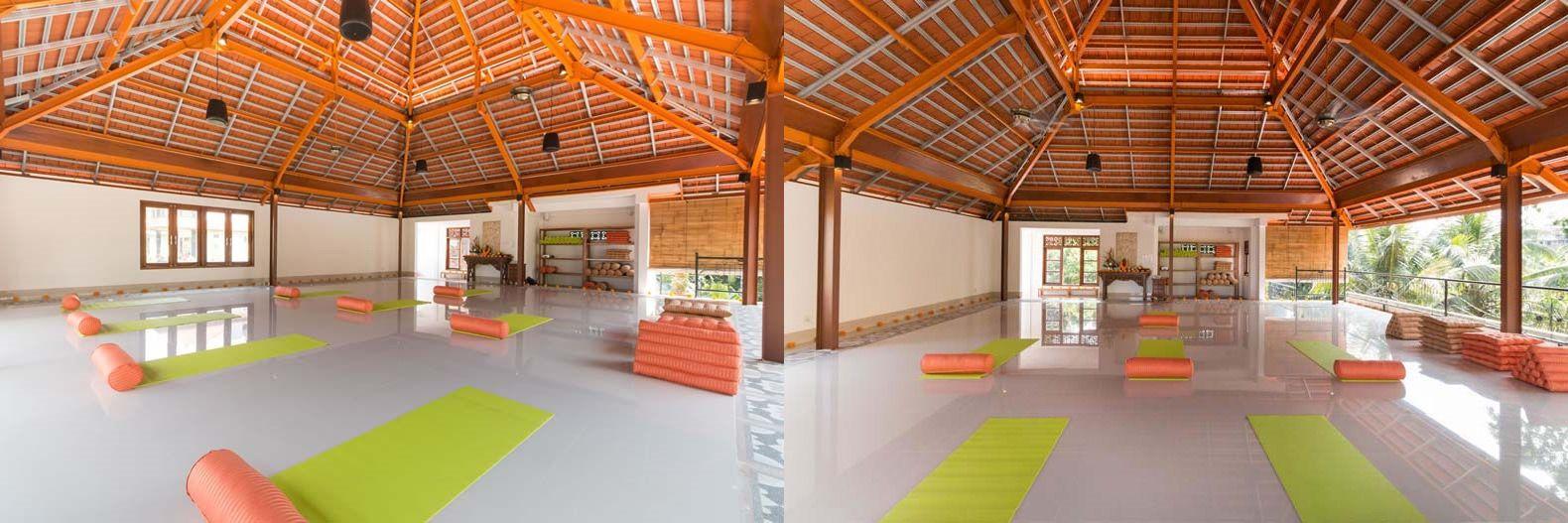 yoga teacher training hall2