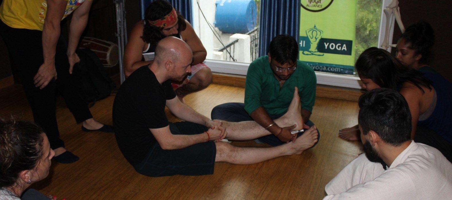 rishikesh yoga school