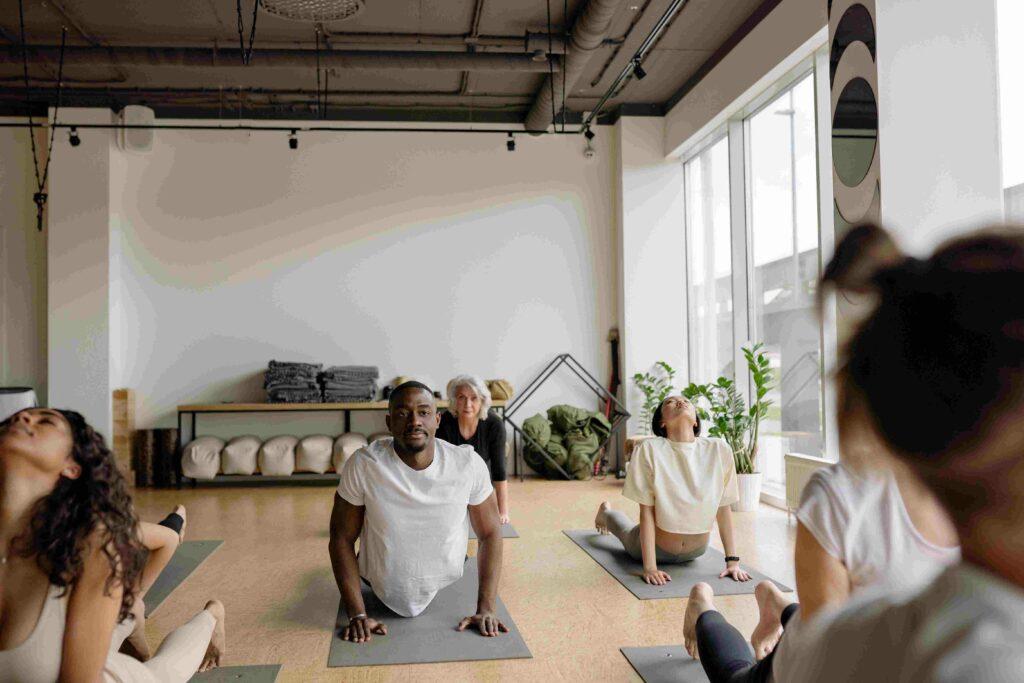 yoga teacher expected income