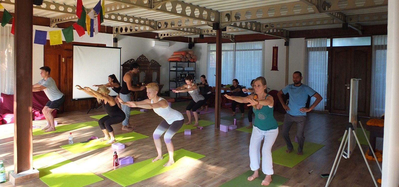 siddhi yoga teacher training bali