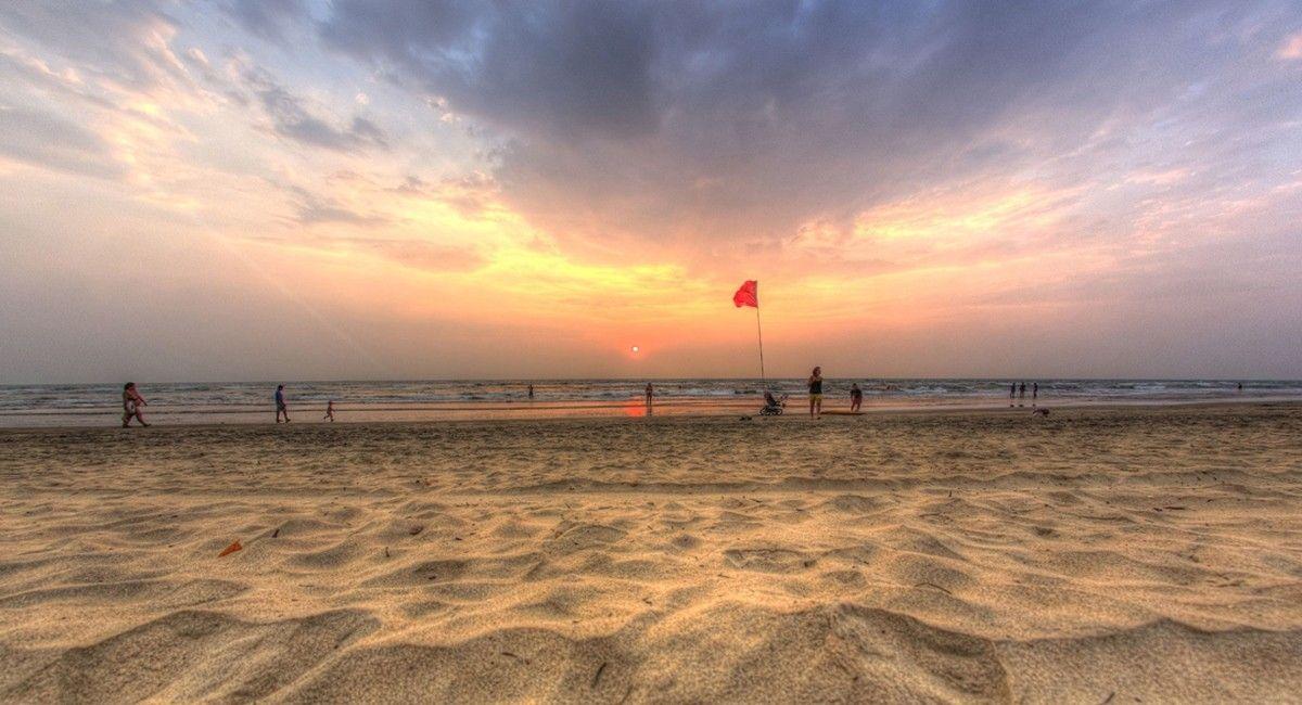 yoga in goa beach