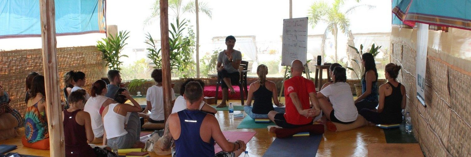 300 hour yoga teacher training intensive