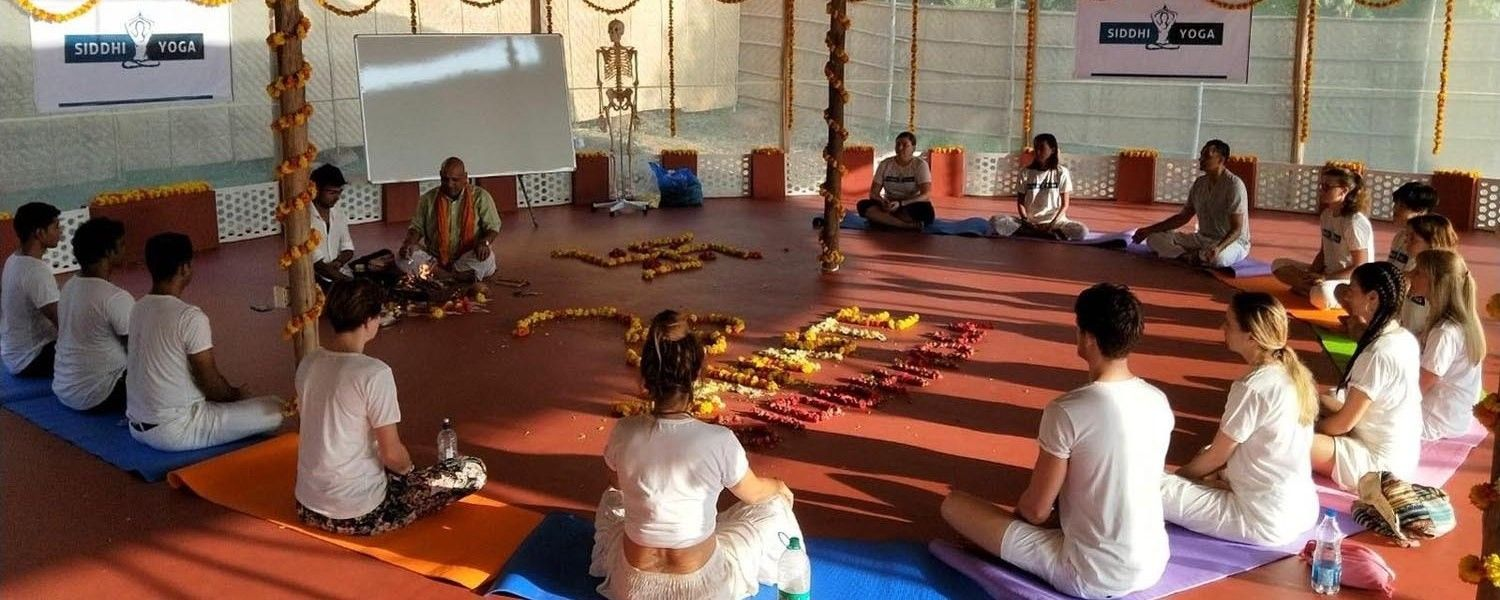 siddhi yoga teacher training goa