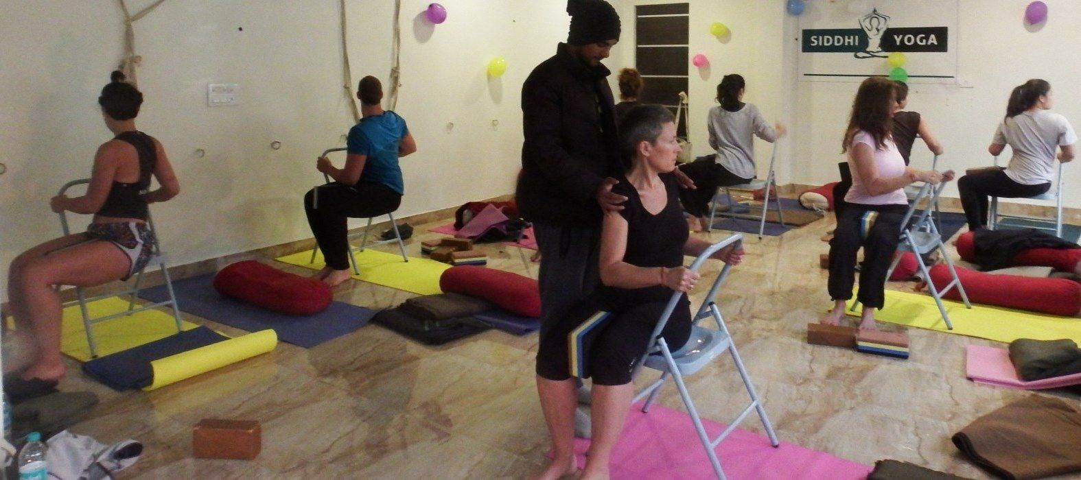 200 hr vinyasa teacher training rishikesh