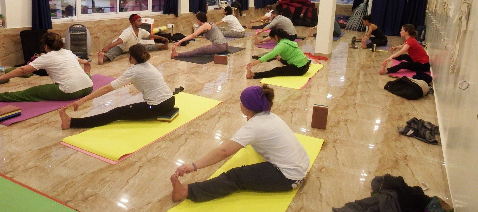 hatha yoga teacher training rishikesh