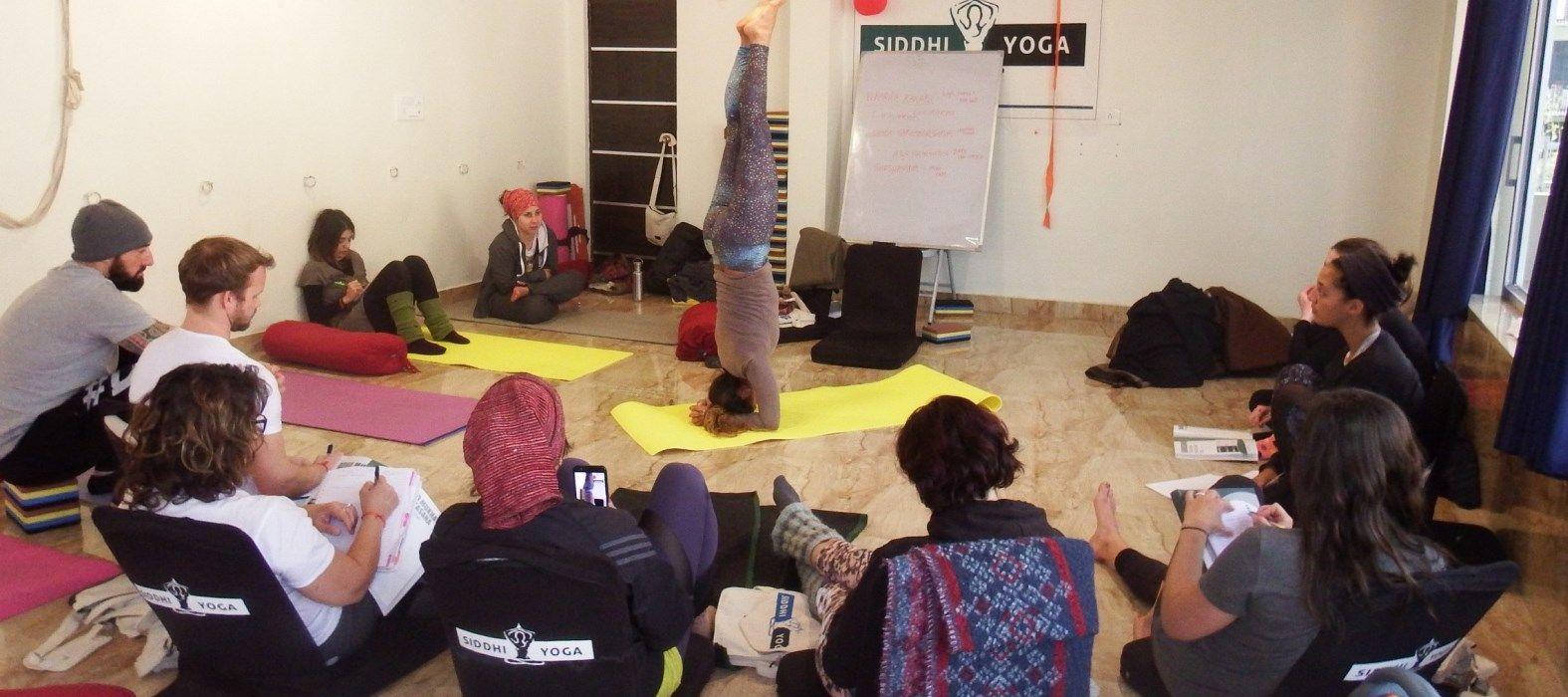 vinyasa yoga training rishikesh