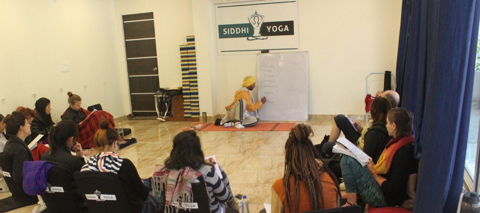 yoga philosophy class rishikesh