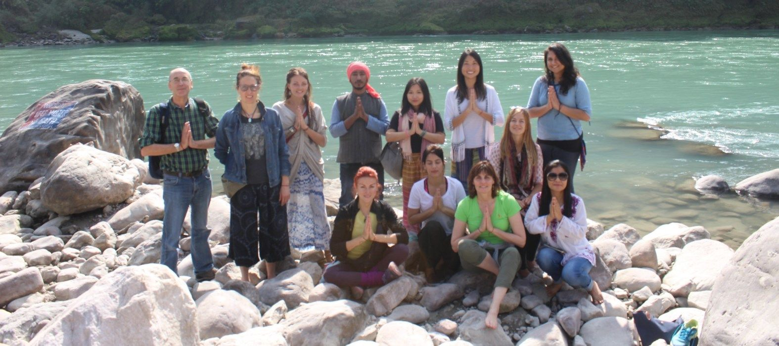 yoga teacher training in rishikesh ganges