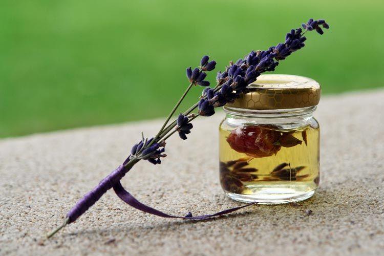 essential oils yoga practice