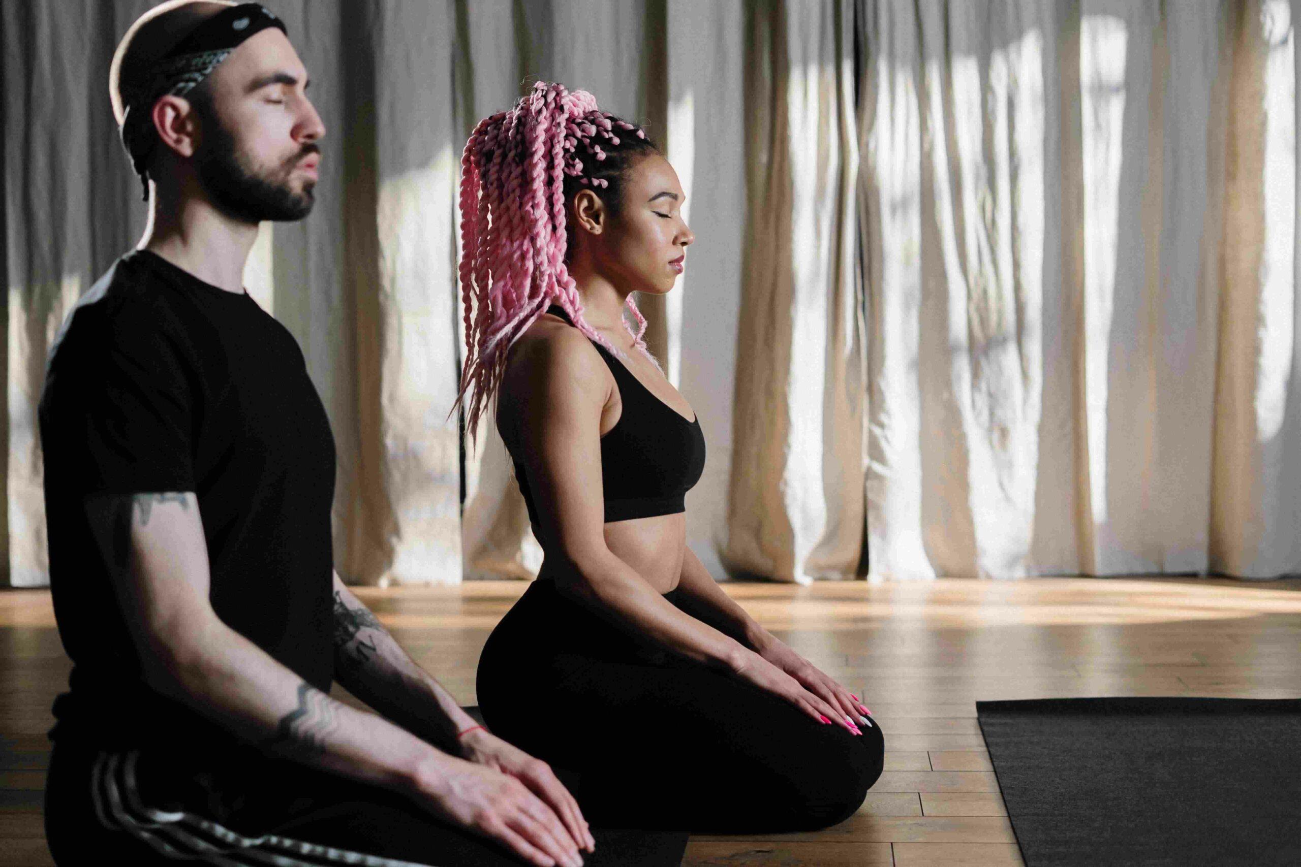 couple yoga trainings