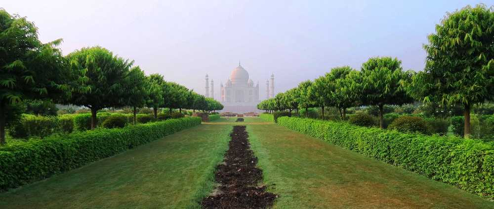 golden triangle mehtab bagh agra