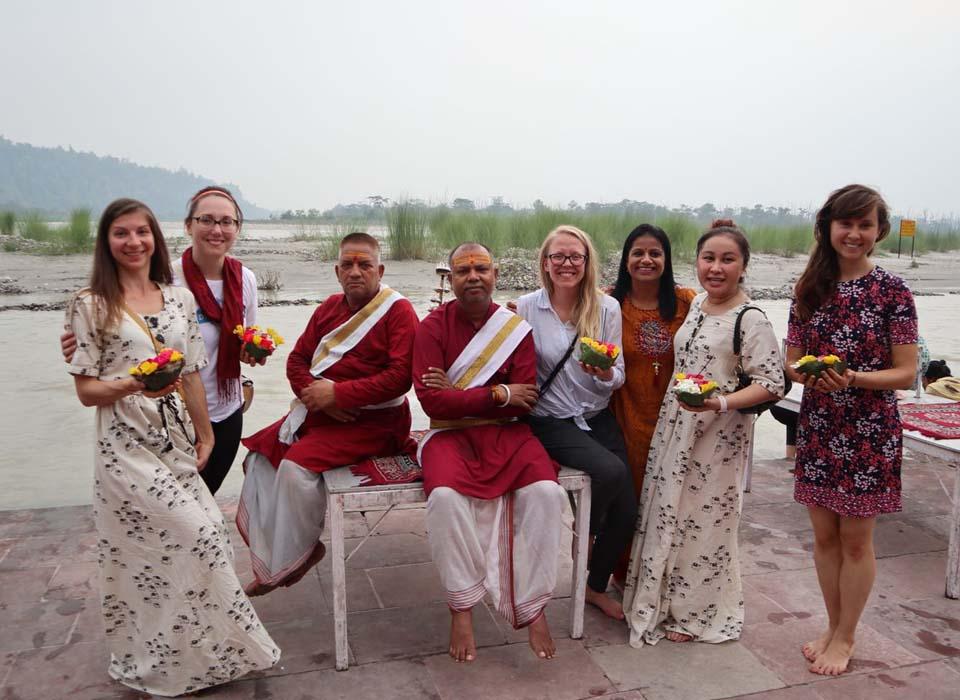 yoga rishikesh teacher training