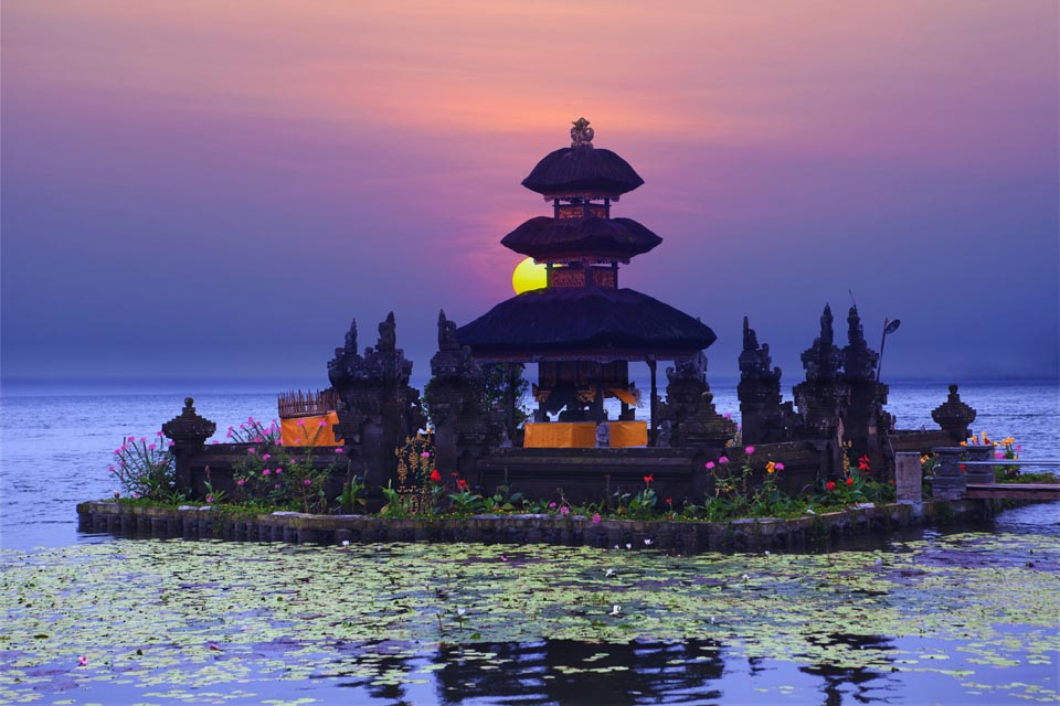 300 hour yoga teacher training bali