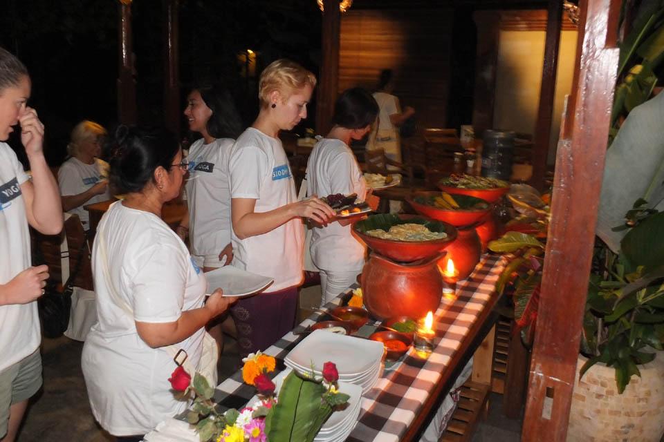 300 hour yoga teacher training retreat ubud indonesia