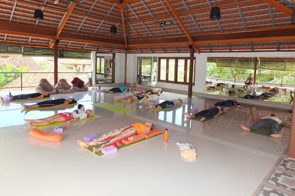 300 hour yoga teacher training ubud bali