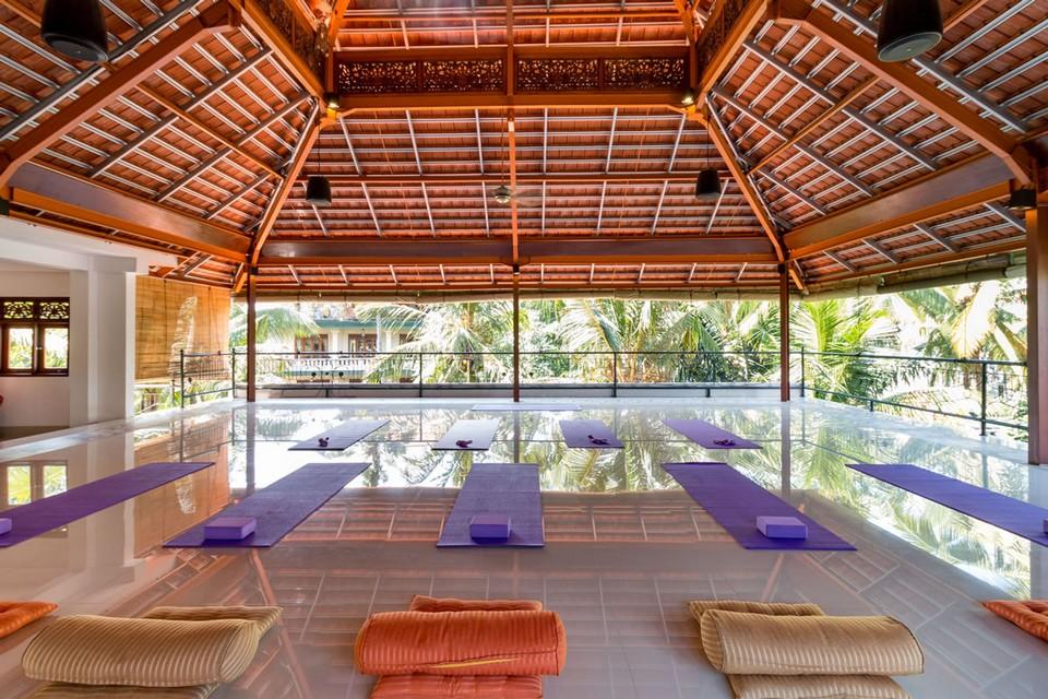 300 hr affordable yoga teacher training intensive ubud indonesia