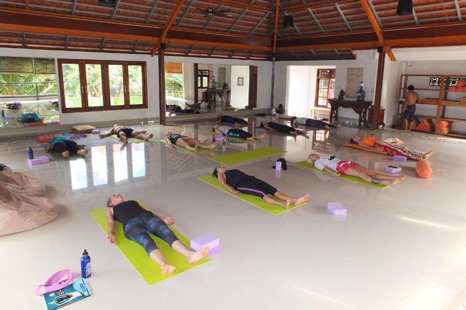 300 hr yoga teacher training intensive ubud indonesia 2019