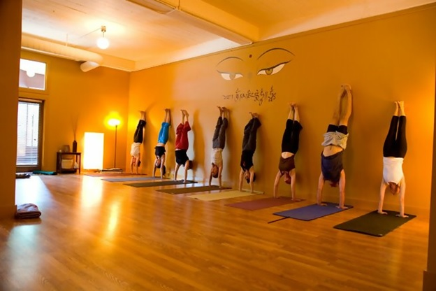 top yoga teacher training schools in austin, texas