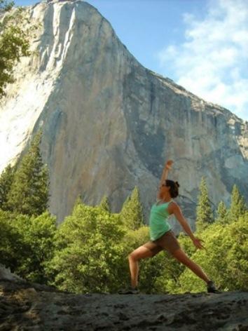 the best online yoga training schools