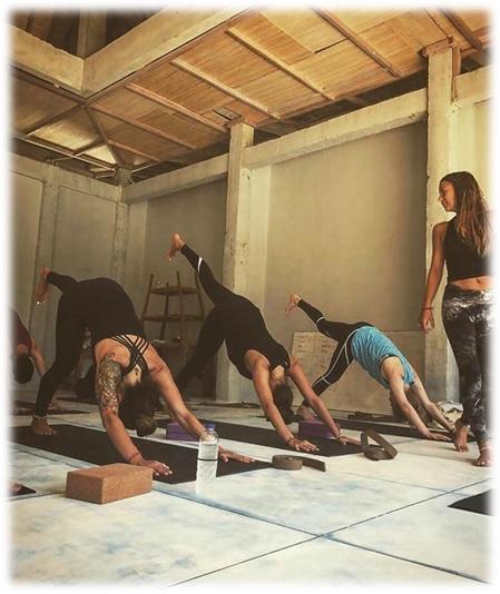 the top yoga teacher programs in vancouver