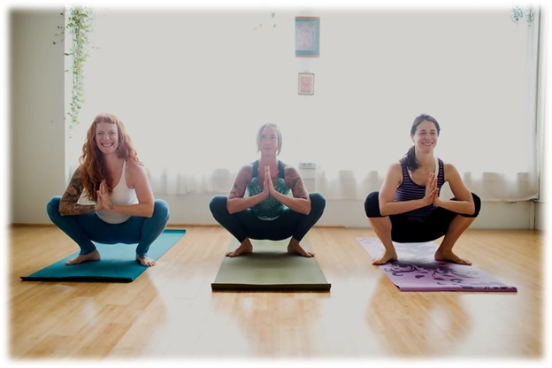 the best yoga teacher training in portland