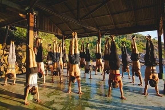 best yoga teacher training schools in bangkok