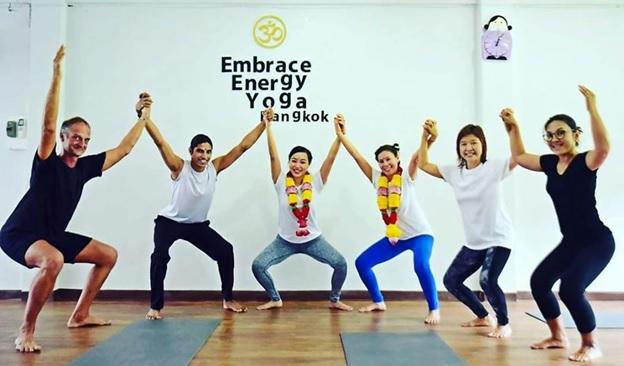 best yoga teacher trainings in bangkok