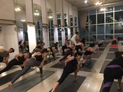 top yoga teacher training schools in bangkok
