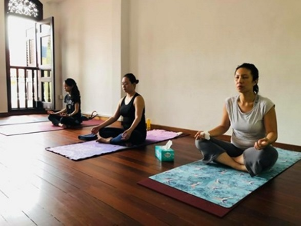 top yoga teacher training schools in singapore