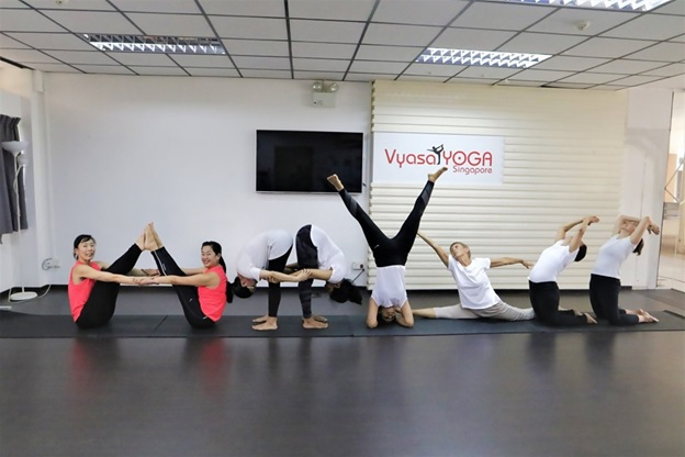 best yoga teacher training programs in singapore