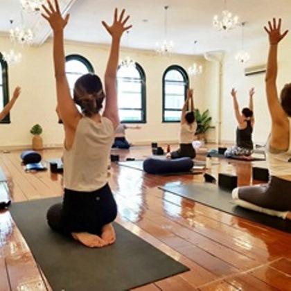 yoga in brisbane stretch yoga
