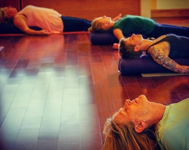 yoga teacher training programs hawaii