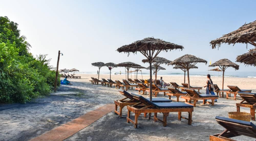 ashwem beach north goa