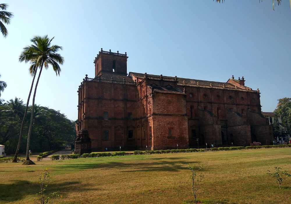 basilica of bom jesus north goa