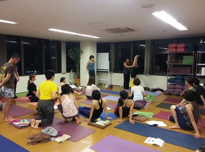best yoga teacher training in tokyo