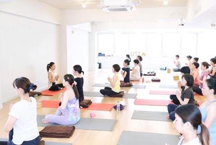best yoga training in tokyo
