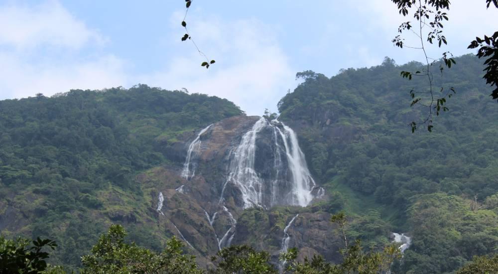 doodhsagar waterfalls goa