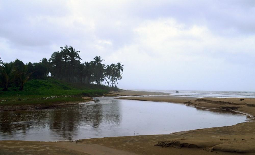 majorda beach south goa