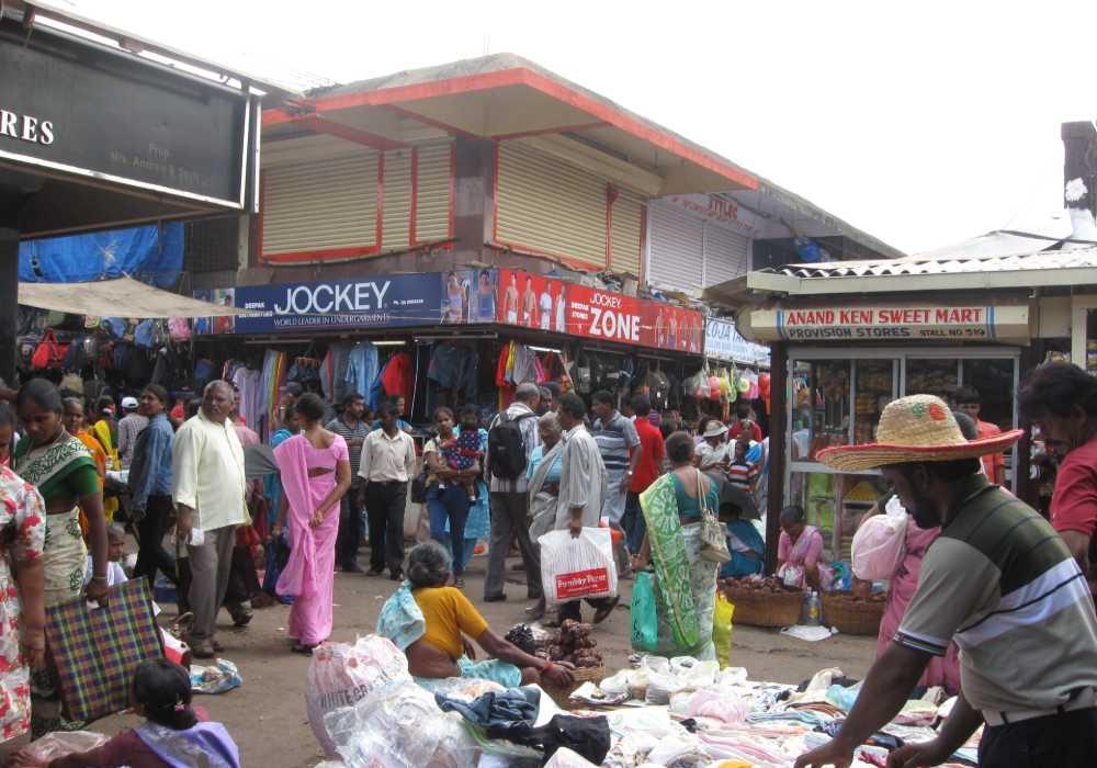 mapusa friday bazar north goa