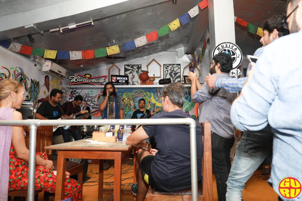 shores bar and guru bar