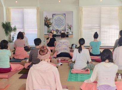 yoga in tokyo